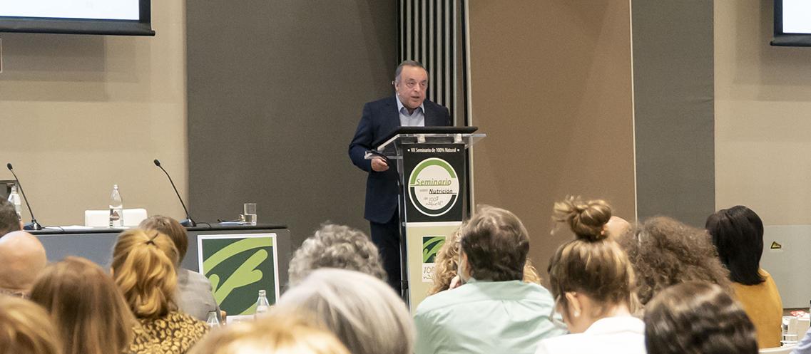 Introducción a la ponencia del Dr. Alexander Panossian en el VII seminario de Nutrición de 100% Natural